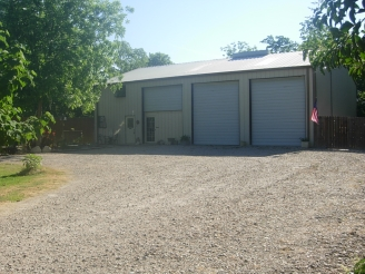 Photo of 3000 SF warehouse for sale in Pearland, TX