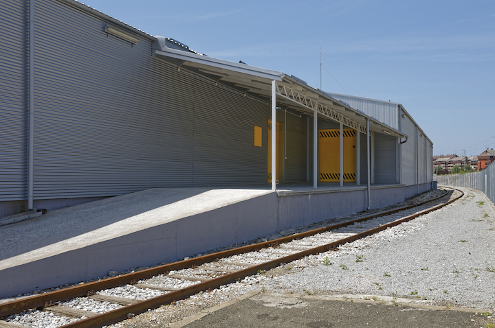 warehouse with rail access/siding thumbnail