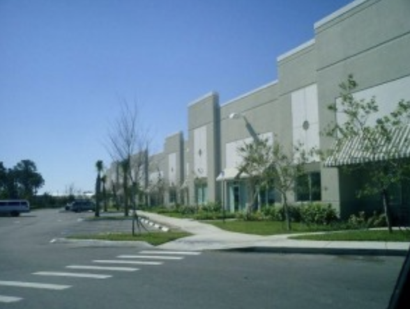 Thumbnail Photo of an Office Warehouse Complex
